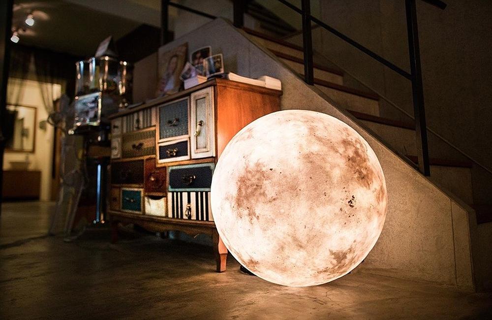 Luna - Lampa so vzhľadom Mesiaca. 3Digital.sk (2)