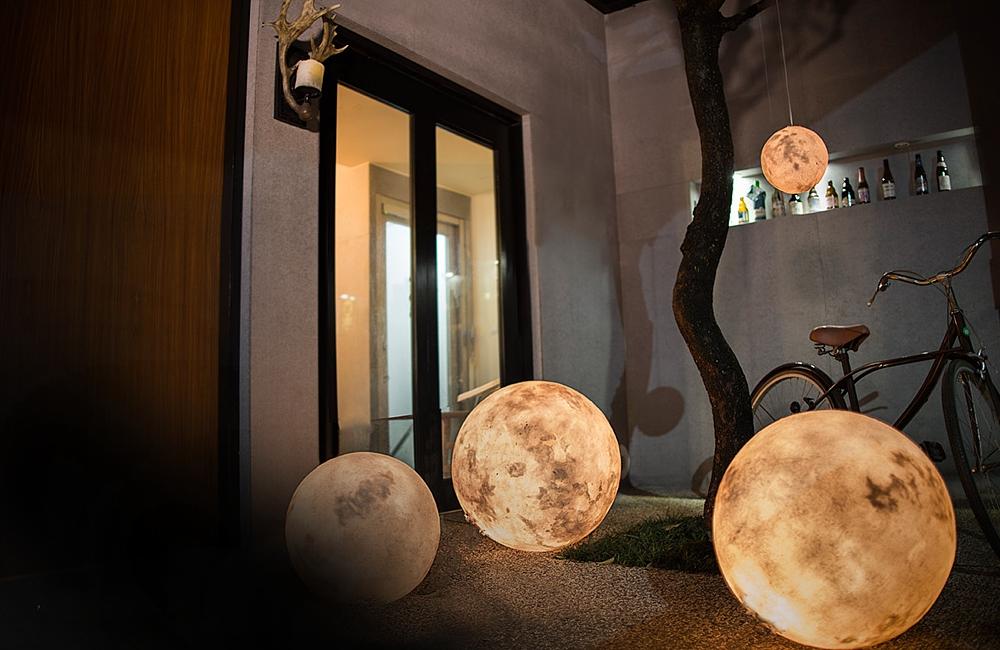 Luna - Lampa so vzhľadom Mesiaca. 3Digital.sk (1)