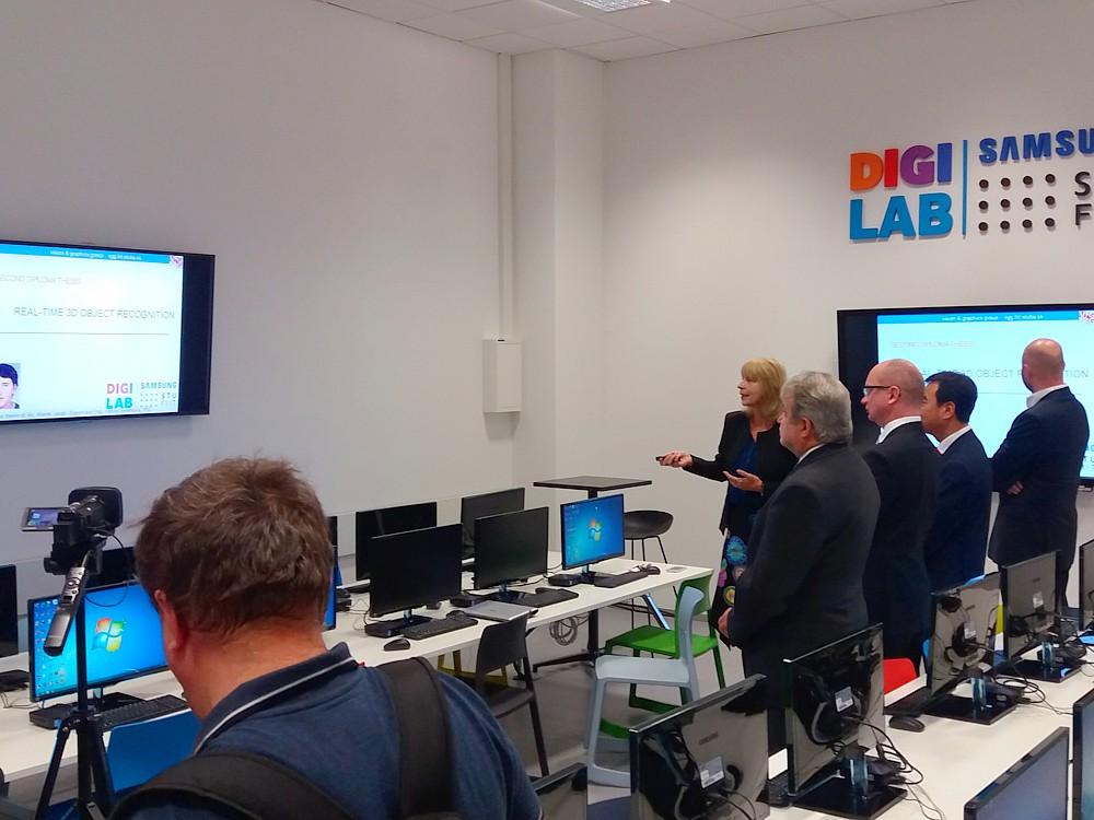 Prezentácia projeku v STU Samsung DIGILAB. (foto: 3Digital.sk)