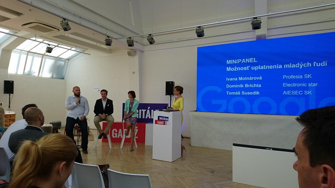 Google Digitálna garáž - diskusia partnerov projektu - Profesia SK (Ivana Molnárová), Electronic Star (Dominik Brichta) a AIESEC SK (Tomáš Susedík)