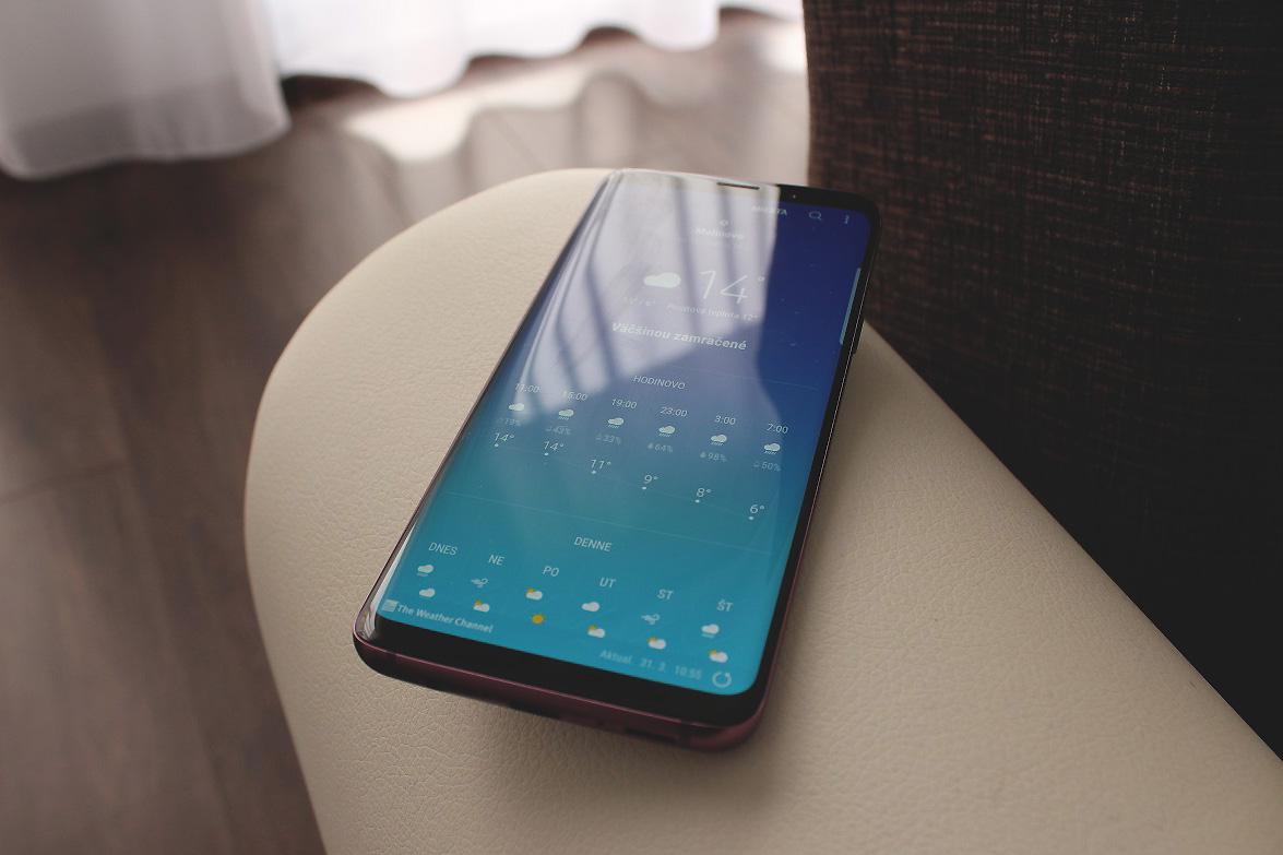 2477294f0 Príležitosť na výmenu vášho starého telefónu za nový smartfón Samsung Galaxy  S9 a S9+